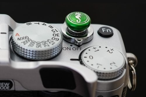 Lensmate Seahorse Soft Release Button - Green - fits Any Standard Threaded Release - Fujifilm X100V, X100F, X100T, Xpro3 & Xpro2, X-T3, X-T2, X-E3, X-E2s, X-E2, X-T30, X-T20