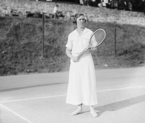 1920 photo Miss Baker (Louise) Vintage Black & White Photograph a3