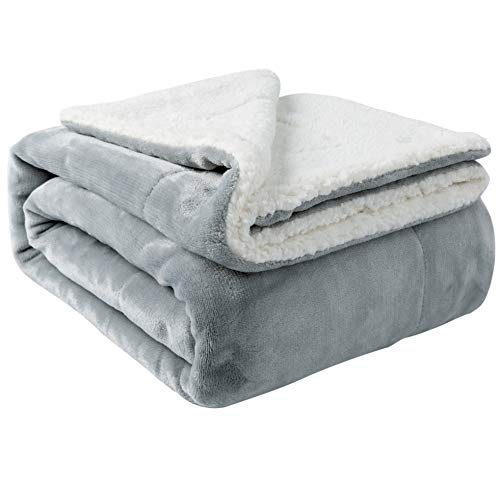 NANPIPER Sherpa Blanket Warm Blankets for Winter Super Soft Fuzzy Flannel Fleece/Wool Like Reversible Velvet Plush Couch Blanket Lightweight(Light Grey Throw Size 50
