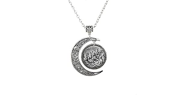 Nichibotsu Stranger Things Billy Hargrove Necklaces Women Men Virgin Mary Vintage Jewelry Religious Medal Pendant Medallion Necklace
