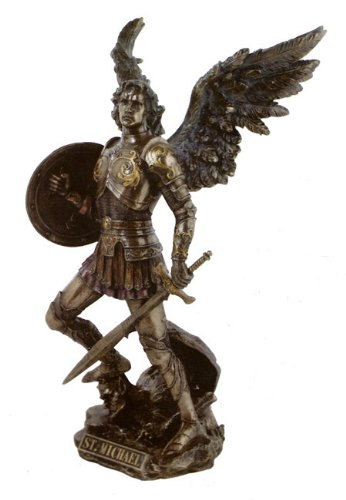 - Archangel St Saint Michael Statue - Magnificent !!