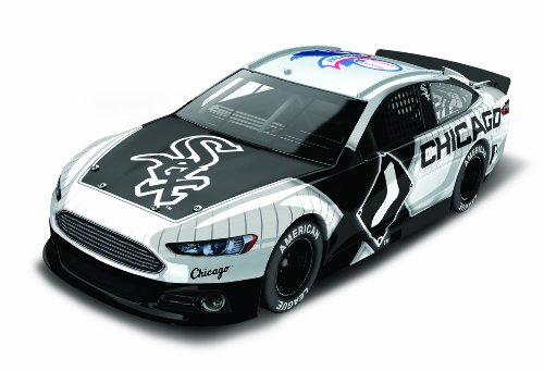 Chicago White Sox Major League Baseball Hardtop Diecast Car, 1:64 Scale Chicago White Sox Car