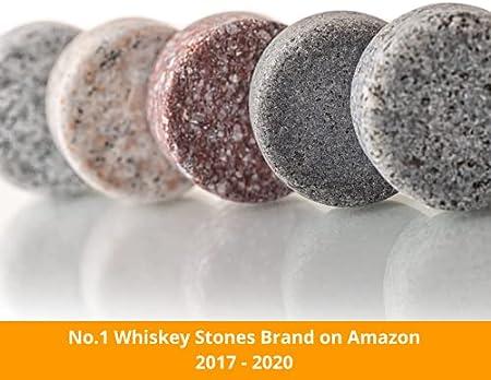 Whisky Piedras Set de Regalo - Regalos para Hombre - Sea Diferente a la Hora de Elegir un Regalo - Reutilizables Cubitos de Hielo - 8 Whisky Rocks de Granito - Amerigo Whiskey Stones Gift Set
