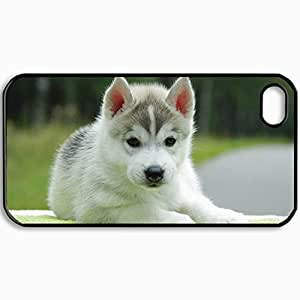 Customized Cellphone Case Back Cover For iPhone 4 4S, Protective Hardshell Case Personalized Dog Puppy Background Black