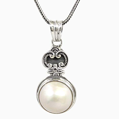 Bali Handmade 925 sterling silver pendant with natural 14 mm white mabe pearl, natural white mabe pearl pendant, bali carving pendant with mabe pearl, 28 mm drop length pendant