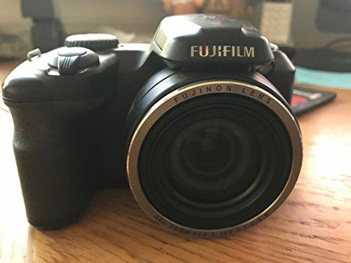 Fujifilm Finepix S8630 Camera Bundle 36X Wide-Angle Optical Zoom 16 MP 3.0  ()
