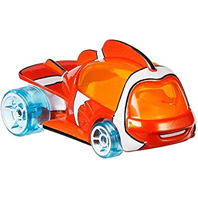 Hot Wheels 2020 Disney/Pixar Character Cars 1/64 Collectible Die Cast Toy Cars-Nemo: Toys & Games