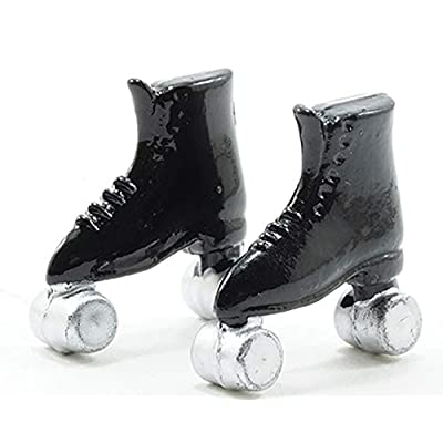 Multi Minis Dollhouse Miniature 1:12 Scale Pair of Black Roller Skates: Toys & Games