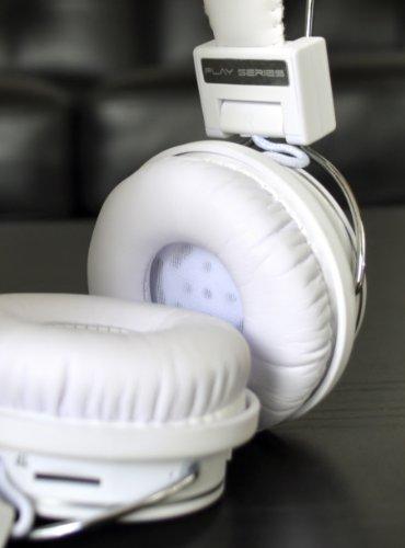 feeb13e856e Blue Tiger SoundTrax Wireless Bluetooth Headphones – White - Buy ...