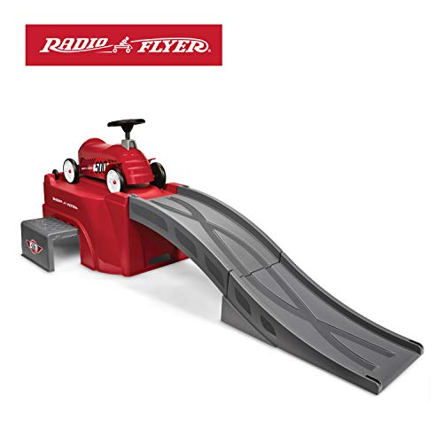 Radio Flyer 500 Ride-On with Ramp, Red (Best Ride On For 3 Year Old)