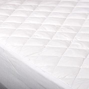 Bunk Bed 2ft 6 Quilted Mattress Protector Amazon Co Uk Baby