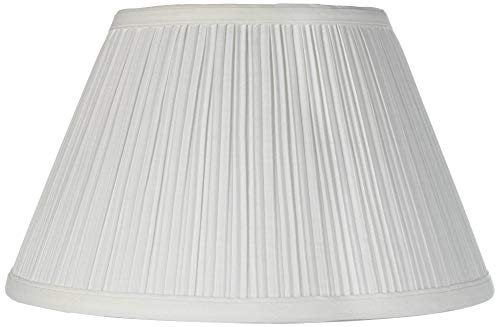 (Downbridge Antique White Pleated Shade 6.5x12x7.5 (Uno) - Brentwood)
