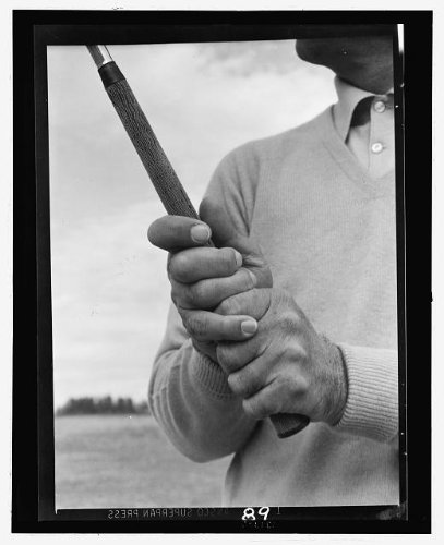 Photo: Ben Hogan,demonstrating,grip,golf club,M Terrell,1954