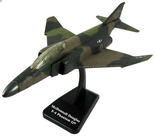 4 Mcdonnell Phantom F Douglas (F-4 Phantom Model Kit - Easy Build)