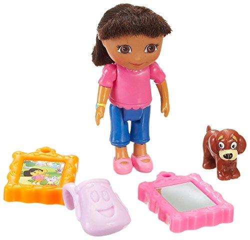 Dora the Explorer Mini Poseable Figure Dora
