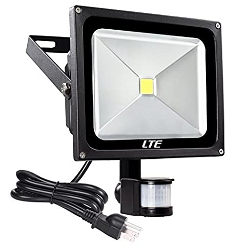 Lte 50w motion sensor flood lights outdoor security floodlight lte 50w motion sensor flood lights outdoor security floodlight waterproof ip65 cool white 6000k 4000 lumens mozeypictures Image collections