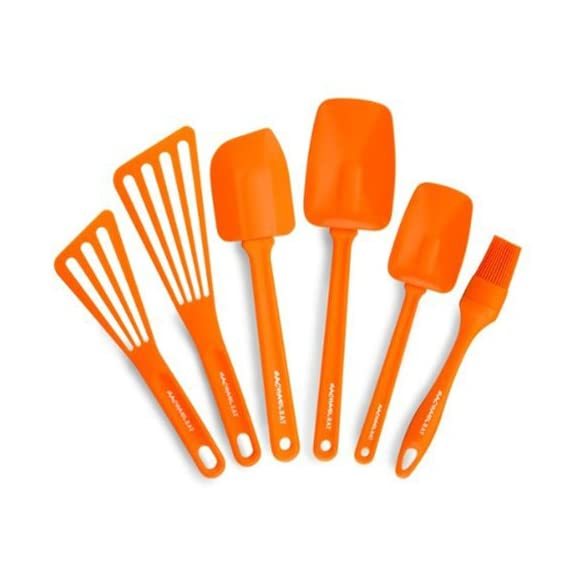 Rachael Ray Tools & Gadgets 6-Piece Nylon Tool Set, Orange 1 6-piece utensil set includes pastry brush, 10- and 12-inch turners, 10- and 12-1/2-inch spoon spatulas, and large angled spatula Silicone pastry brush and spatula heads heat safe up to 500 degrees F; nylon turner heads heat safe to 400 degrees F Handles heat safe to 350 degrees F; soft edges great for avoiding scratching cookware