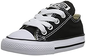 Converse Chuck Taylor All Star Canvas Low Top Sneaker, Black, 1 M US Little Kid