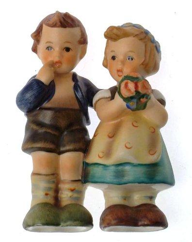 c1964 HUM214/3 Nativity Set We Congratulate small figurine -