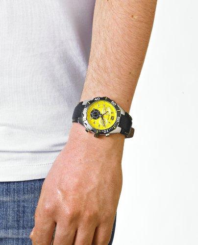 accurist men s quartz watch yellow dial chronograph display accurist men s quartz watch yellow dial chronograph display and black leather strap ms832y amazon co uk watches