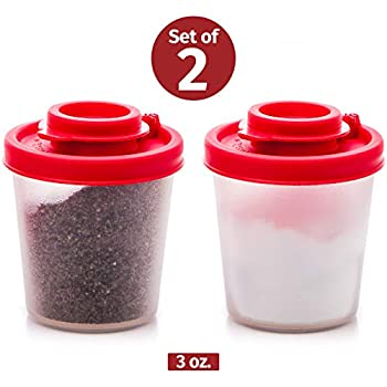 Salt and Pepper Shakers Moisture Proof Set of 2 Medium Salt Shaker to go Camping Picnic Outdoors Kitchen Lunch Boxes Travel Spice Set Clear with Red Covers Lids Plastic Airtight Spice Jar Dispenser
