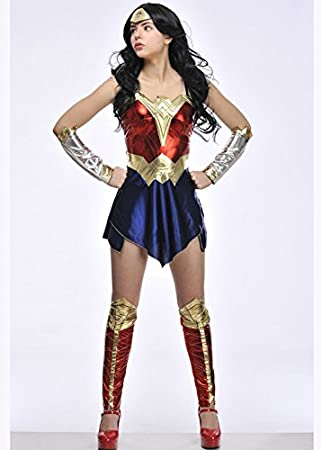 Magic Box Señoras Batman v Superman Wonder Woman Traje Small ...
