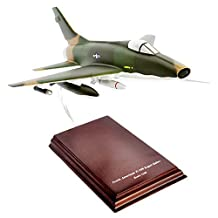 Mastercraft Collection F-100 Super Sabre Vietnam Model Scale: 1/40