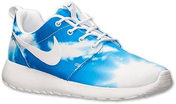 Es barato Por cierto Fatal  Amazon.com | Nike Roshe Run Santa Monica Blue Sky Clouds Mens Casual Shoes  (10.5 M) | Walking