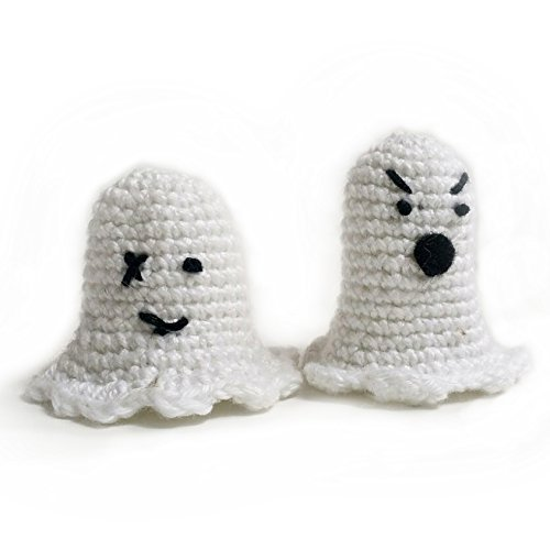 Amigurumi crochet finger puppet ghosts by Geekirumi! - Glow in the dark toy - Halloween (Creepy Halloween Decorations Homemade)