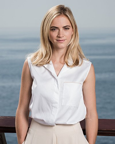 Emily Wickersham   Ncis   Glossy 8 X 10   8X10 Photo Picture