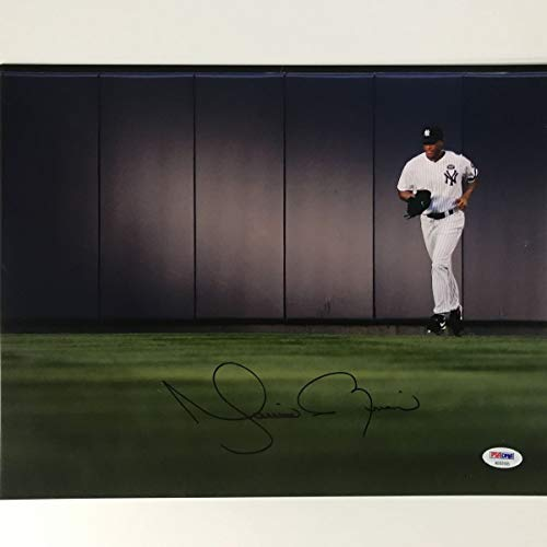 Autographed/Signed Mariano Rivera New York Yankees 11x14 Baseball Photo PSA/DNA COA Holo Only