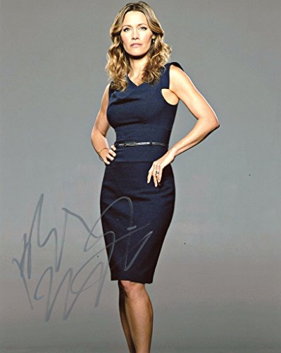 KADEE STRICKLAND - Private Practice AUTOGRAPH Signed 8x10 Photo - Strickland Signed