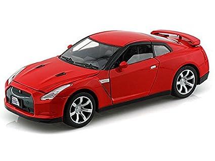 Nissan GTR 1/24 Red