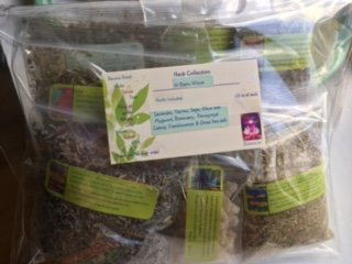 Herb Collection 10 ~ Wiccan Essentials ~ 10 Organic Herbs ~ Ravenz Roost Herbs ~ 1/2 Oz Ea ~ Special Info in Labels