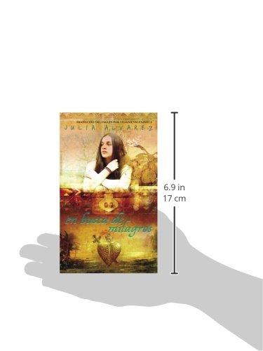 Amazon.com: En Busca de Milagros (Spanish Edition) (9780553494075): Julia Alvarez: Books