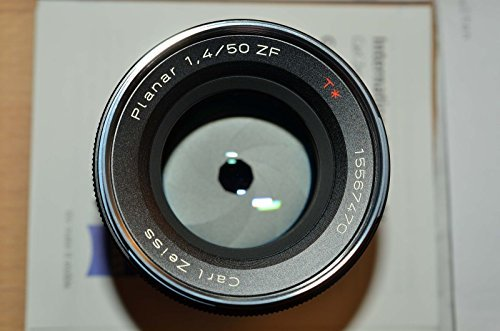 Zeiss 50mm f/1 4 Planar T ZF Manual Focus Standard Lens for the Nikon F (AI-S) Bayonet SLR Systemの商品画像