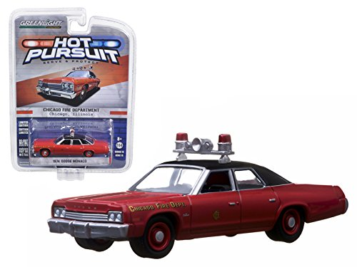 Greenlight 42700A 1974 Dodge Monaco Chicago Fire Department IN BLISTER PACK 1/64 Diecast Car ()