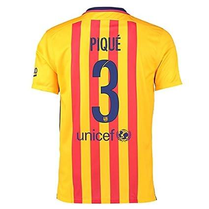 00c92aa94 Amazon.com : 2015-16 Barcelona Away Football Soccer T-Shirt Jersey (Gerard  Pique 3) : Clothing