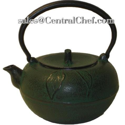 Large Green Apple Cast Iron Stove Top Teapot with Trivet, 54 Oz Capacity