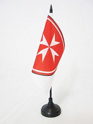 AZ FLAG Bandiera da Tavolo Stemma SOVRANO Militare Ordine di Malta 15x15cm Piccola BANDIERINA San Giovanni di GERUSALEMME 15 x 15 cm