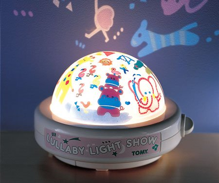 Lullaby Light Show by Tomy with Classical Music by Brahms