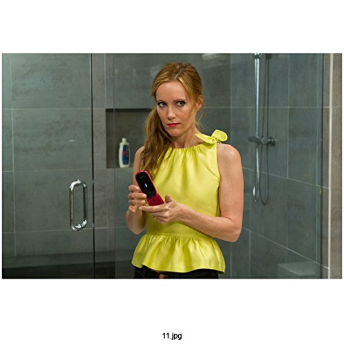 the-other-woman-2014-8-inch-x10-inch-photo-leslie-mann-in-sleeveless-yellow-blouse-side-ponytail-kn