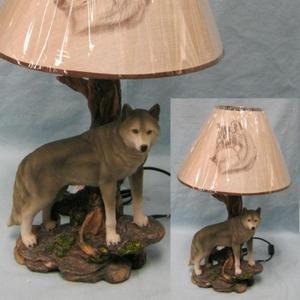 ih casa décor Denizen of Twilight Wolf Lamp, 20'' by ih casa décor