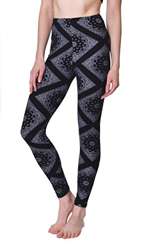 VIV Collection Plus Size Printed Leggings (Black White Paisley Diamond)