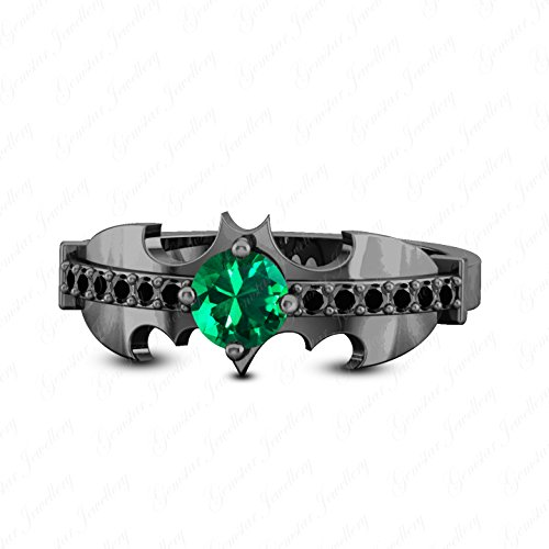 K Black Gold Finish Round Cut Green Emerald & Simulated Diamond Batman Ring (Emerald Diamond Ring Settings)