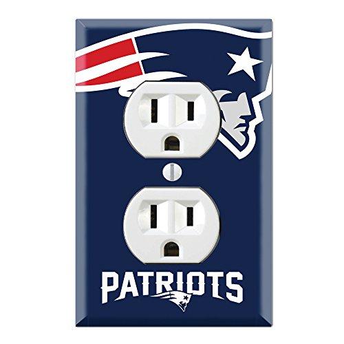 Duplex Wall Outlet Plate Decor Wallplate - Patriots ()