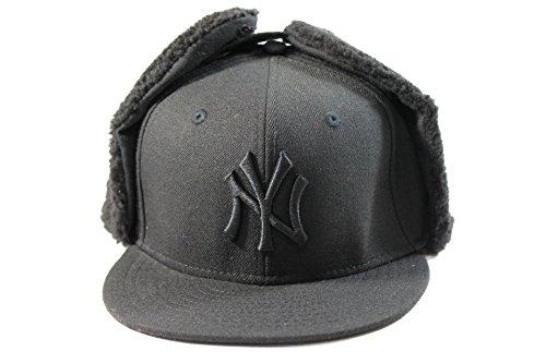 New Era Kid's New York Yankees Black Out Dog-Ear Winter Hat size (6 (Blackout New Era Hat)