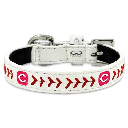 MLB Cincinnati Reds Classic Leather Baseball Dog Collar (Medium) ()