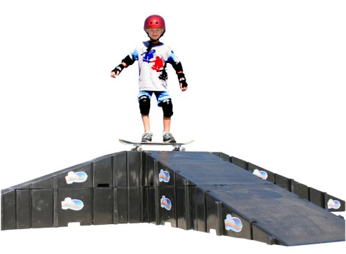 Landwave Skateboard Driveway Kit with 8 Ramps and 6 Decks by Landwave