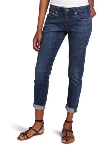 Amazon.com: Levi's Juniors Selvedge Cropped Boyfriend Skinny Jean ...